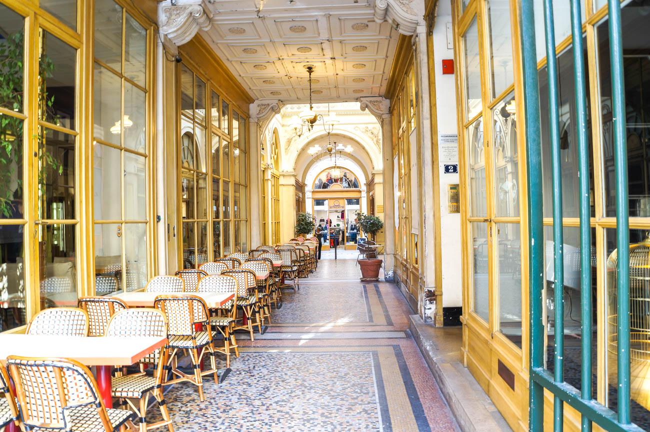 Strada Cafe Paris